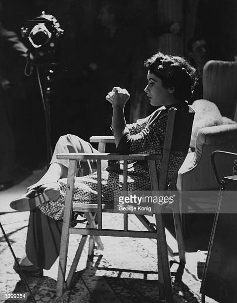 Britishborn actress Elizabeth Taylor on the set of the film 'Conspirator'