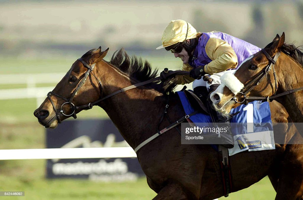 20 November 2005 Brave Inca with Tony McCoy up races away from Essex with Ruby Walsh on their way to winning the Maplewood Developments Mor giana...