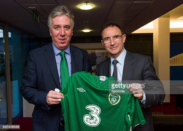 9 November 2013 The new Republic of Ireland manager Martin O'Neill right and FAI Chief Executive John Delaney Dublin Airport Dublin Picture credit...