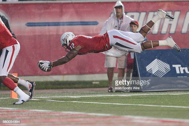 South Alabama Jaguars tight end Gerald Everett dives into the endzone during the Idaho Vandals at South Alabama Jaguars game at LaddPeebles Stadium...