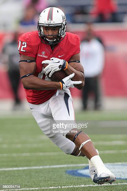 South Alabama Jaguars tight end Gerald Everett protects the ball during the Idaho Vandals at South Alabama Jaguars game at LaddPeebles Stadium Mobile...