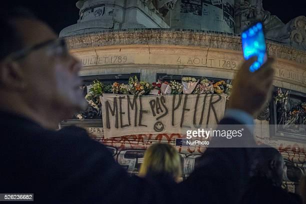 Place de la R��publique recueillement et hommages aux victimes de l'attentat terroriste perpetr�� par des djihadistes de l'Etat islamique vendredi 13...