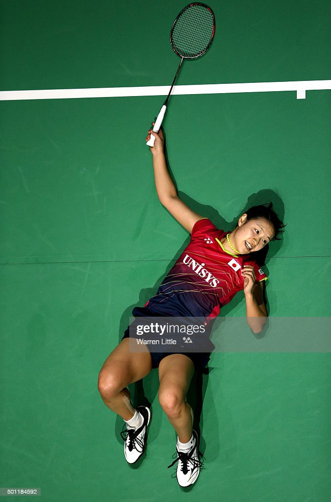 <a gi-track='captionPersonalityLinkClicked' href=/galleries/search?phrase=Nozomi+Okuhara&family=editorial&specificpeople=8294661 ng-click='$event.stopPropagation()'>Nozomi Okuhara</a> of Japan in action against Yihan Wang of China during the Women's Singles Final match on day five of the BWF Dubai World Superseries 2015 Finals at the Hamdan Sports Complex on December 13, 2015 in Dubai, United Arab Emirates.