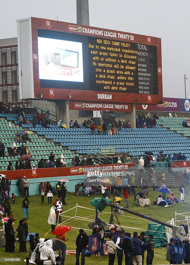 NPlay is abandoned during the CLT20 match between Auckland Aces and Delhi Daredevils from Sahara Stadium Kingsmead on October 19, 2012 in Durban, South Africa.
