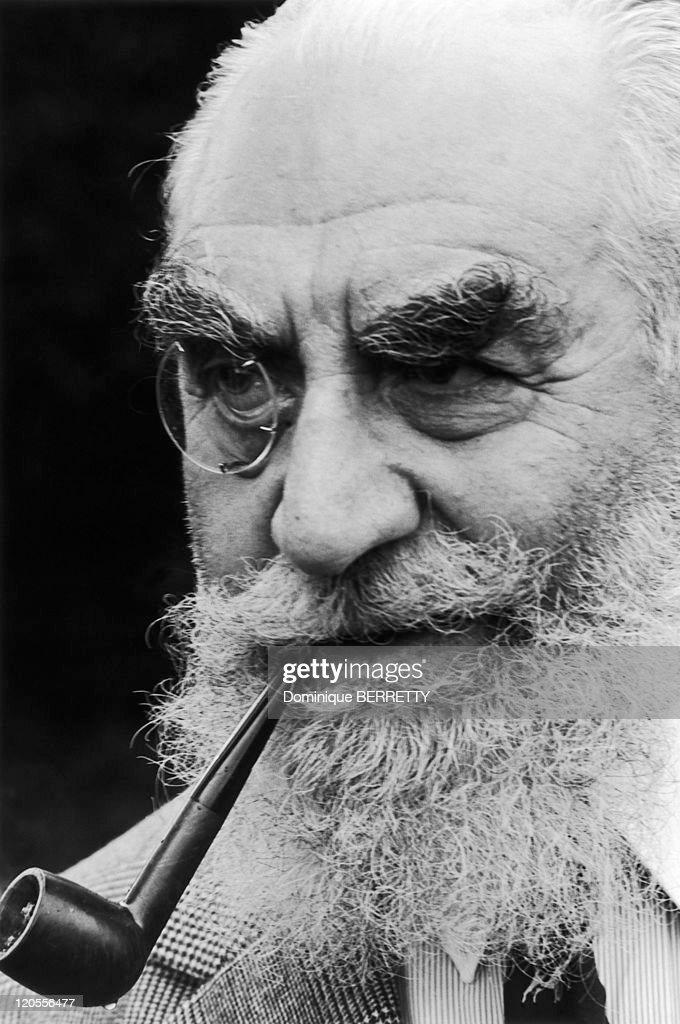 Nubar Sarkis Gulbenkian from 1960 to 1964 - Nubar Sarkis Gulbenkian, attache of the Iranian embassy in London, wealthy and eccentric.