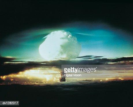 Nuclear Bomb Test, Bikini atoll and Enewetak, October 21 1952