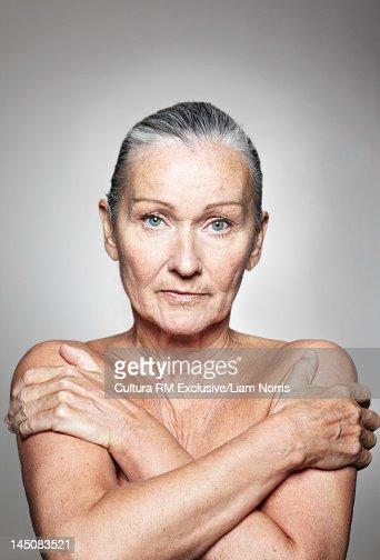 nudeolderwoman