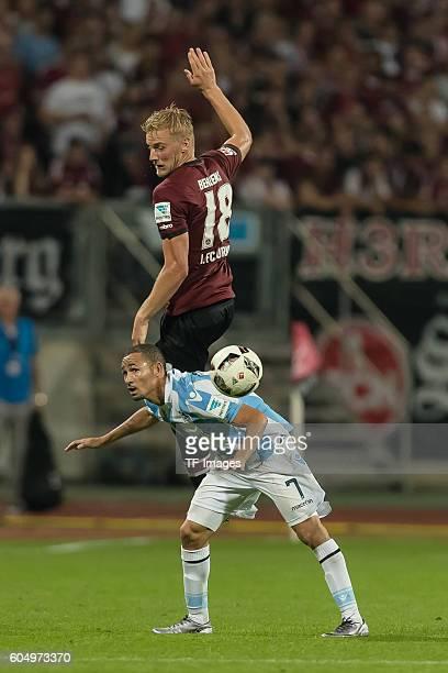 Nuernberg Deutschland 2 Bundesliga 4 Spieltag 1 FC Nuernberg TSV 1860 Muenchen Hanno Behrens gegen Daylon Claasen