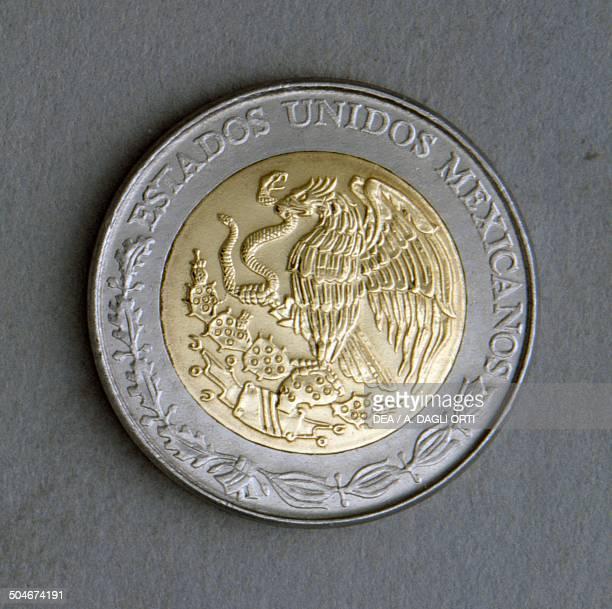 1 nuevos pesos coin obverse coat of arms Mexico 20th century