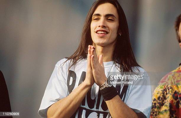 Nuno Bettencourt of Extreme performs on stage Sevile Spain 1991