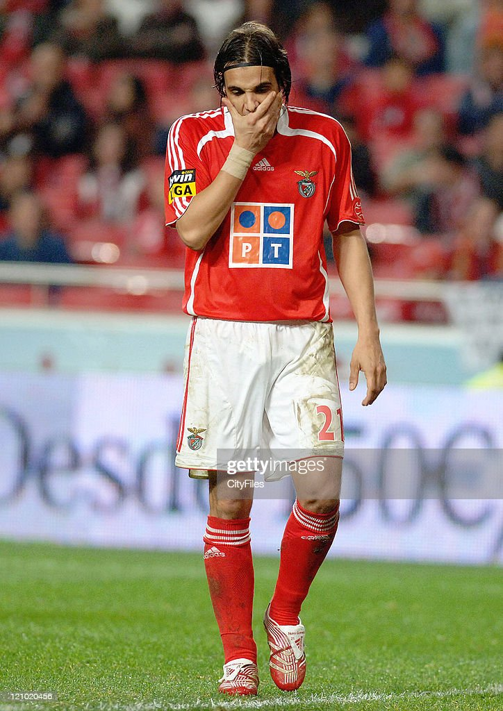 Nuno Gomes of Benfica during the match between Maritimo and Benfica played at Estadio da Luz in Lisbon, Portugal on November 25, 2006.