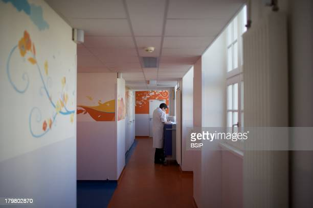 Nurse Raymond Poincare Hospital Department of pediatric oncology Garches France