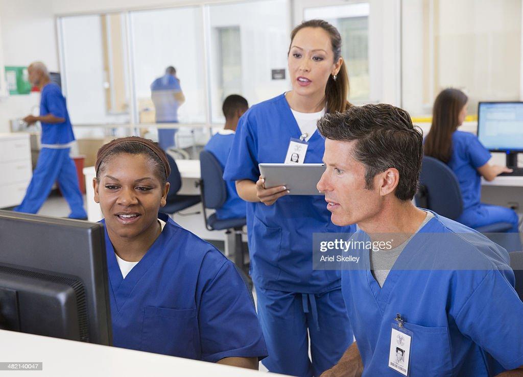 Nurses working together in hospital