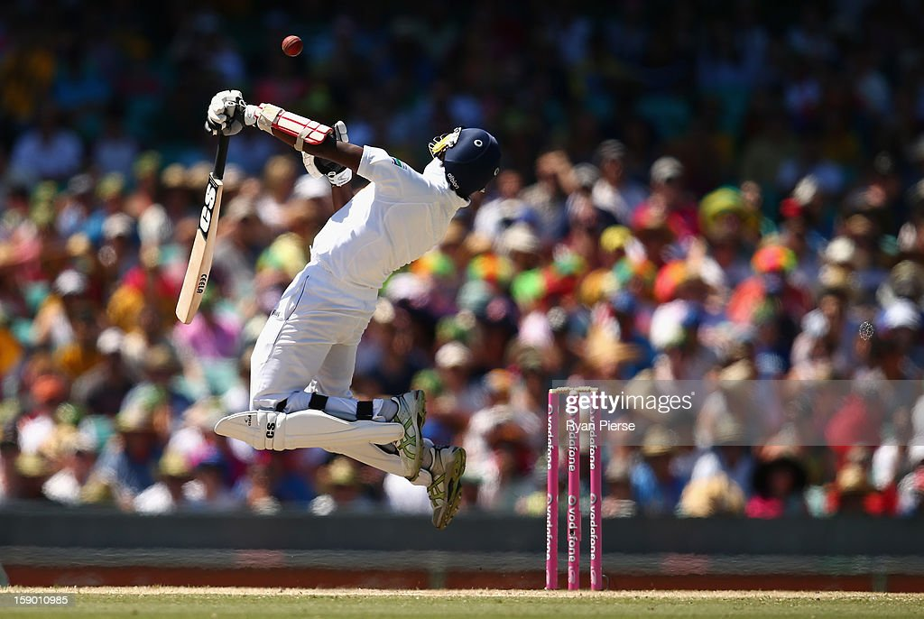 Nuwan Pradeep of Sri Lanka fends off a delivery by Mitchell Johnson of Australia during day four of the Third Test match between Australia and Sri Lanka at Sydney Cricket Ground on January 6, 2013 in Sydney, Australia.