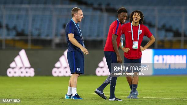 Nya Kirby Callum Hudson Odoi and head coach Steve Cooper of England smiles during training session ahead of the FIFA U17 World Cup India 2017...