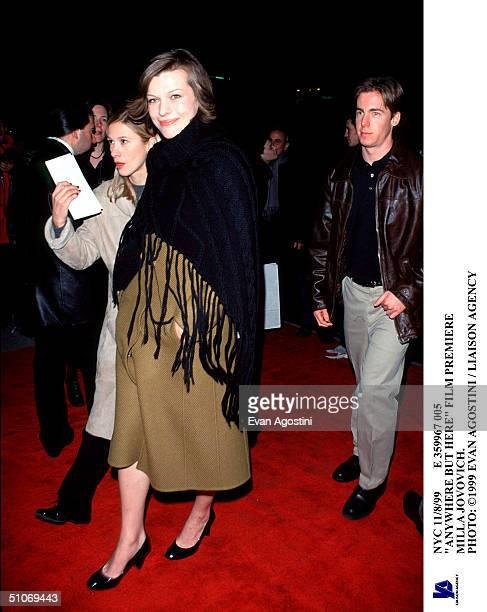 Nyc 11/8/99 E 359967 005 'Anywhere But Here' Film Premiere Milla Jovovich