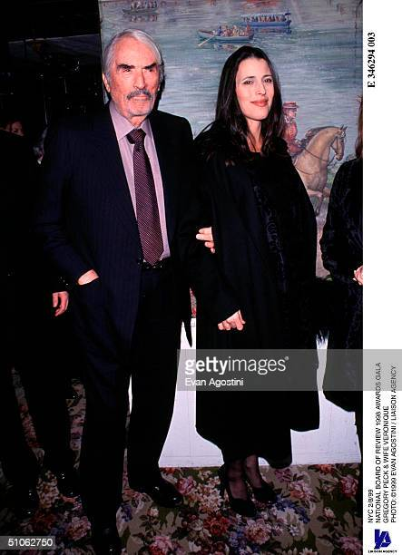 Nyc 2/8/99 National Board Of Review 1998 Awards Gala Gregory Peck Wife Veronique