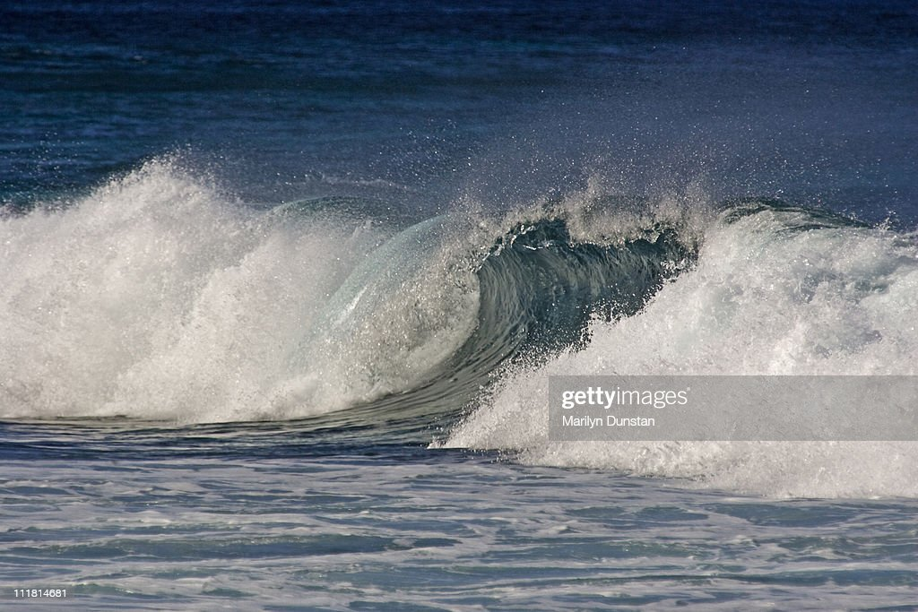Oahu North Shore Waves, Ehukai Beach Park, Oahu, H