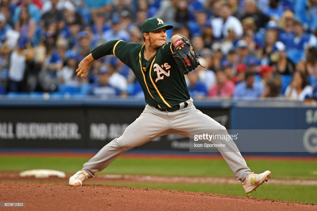Oakland Athletics Starting pitcher Sonny Gray (54) pitches during the MLB regular season game between the Oakland Athletics and Toronto Blue Jays at Rogers Centre in Toronto, ON