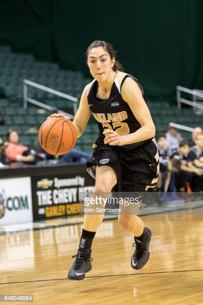 Oakland Golden Grizzlies G Taylor Gleason drives to the basket during the second quarter of the women's college basketball game between the Oakland...