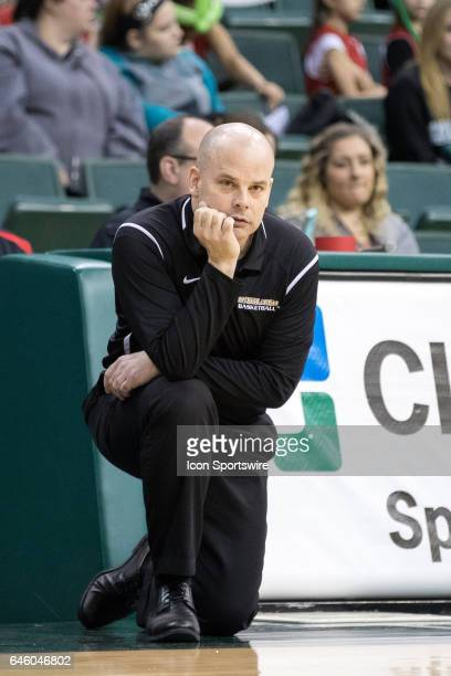 Oakland Golden Grizzlies head coach Jeff Tungate on the sideline during the fourth quarter of the women's college basketball game between the Oakland...