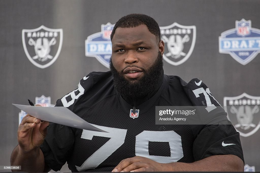 Oakland Raiders Defensive Tackle, Justin Ellis, gestures during The Oakland Raiders Fan Fest in Mexico City, Mexico on April 30, 2016. Raiders and HoustonTexans will play at the Azteca Stadium next Nov 21, will also be the first Monday Night NFL game played outside the U.S.