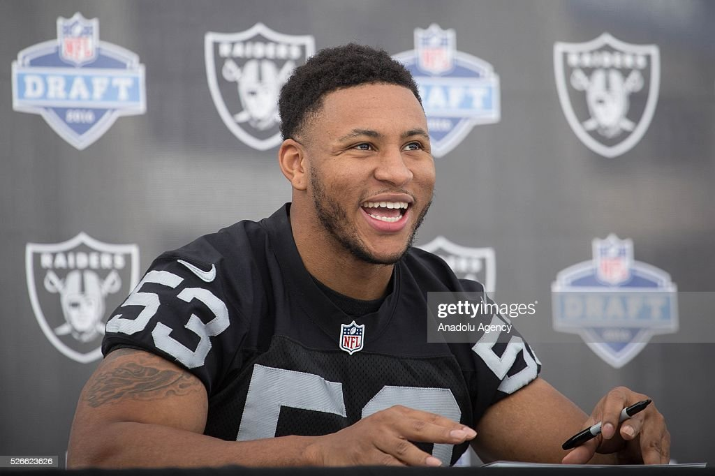 Oakland Raiders Line Backer, Malcolm Smith, gestures during The Oakland Raiders Fan Fest in Mexico City, Mexico on April 30, 2016. Raiders and HoustonTexans will play at the Azteca Stadium next Nov 21, will also be the first Monday Night NFL game played outside the U.S.