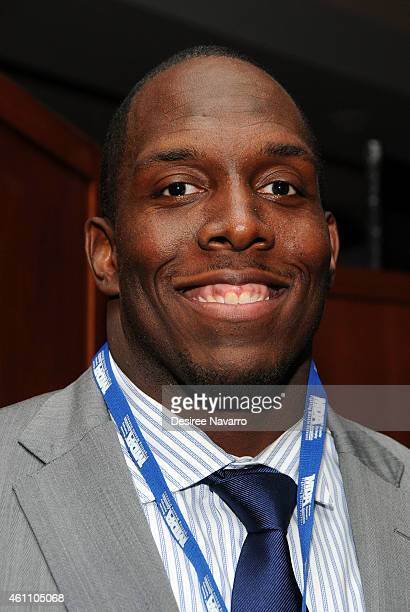 Oakland Raiders NFL player Kevin Boothe attends the 18th Annual MDA Muscle Team Gala at Pier 60 on January 6 2015 in New York City