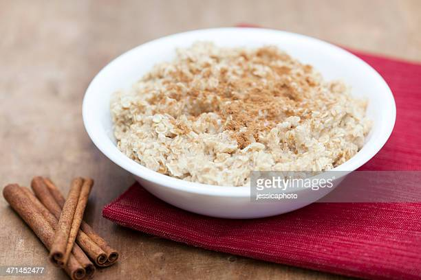 Oatmeal with Cinnamon and Sugar
