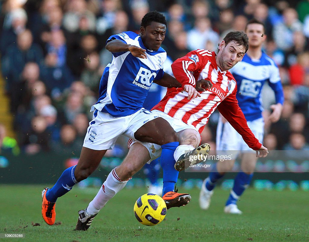 <a gi-track='captionPersonalityLinkClicked' href=/galleries/search?phrase=Obafemi+Martins&family=editorial&specificpeople=224574 ng-click='$event.stopPropagation()'>Obafemi Martins</a> of Birmingham City tussles with <a gi-track='captionPersonalityLinkClicked' href=/galleries/search?phrase=Rory+Delap&family=editorial&specificpeople=216549 ng-click='$event.stopPropagation()'>Rory Delap</a> of Stoke City during the Barclays Premier League match between Birmingham City and Stoke City at St Andrews on February 12, 2011 in Birmingham, England.