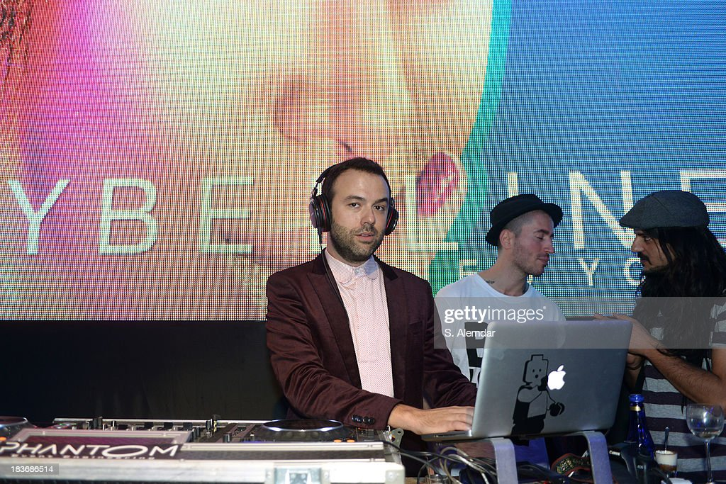 DJ Oben Budak performs at the Maybelline New York By DB Berdan afterparty during Mercedes-Benz Fashion Week Istanbul s/s 2014 presented by American Express on October 8, 2013 in Istanbul, Turkey.