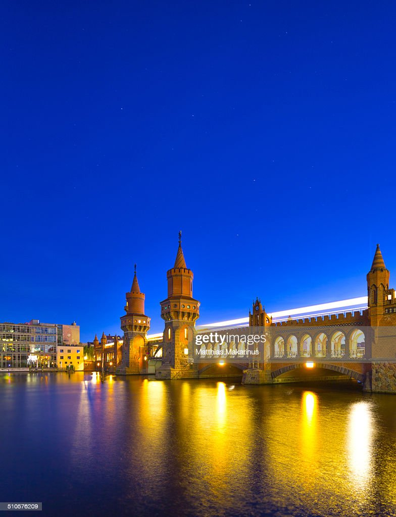 'Oberbaumbrücke' Berlin at night
