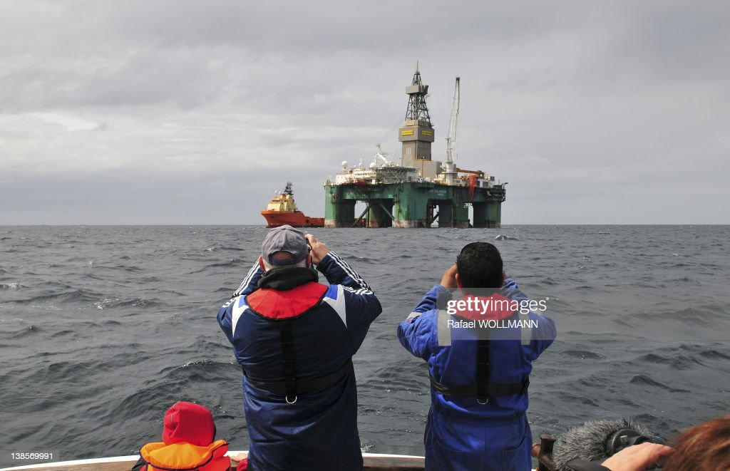 Ocean Ultra deepwater semi submersible rig Leiv Eiriksson is starting to test the Darwin East prospect. It will be there for 45 days, estimates to find 760 million barrels on January 23, 2012 in Port Stanley, Falklands Islands.