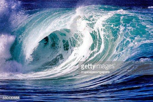 Ocean wave at Waimea Bay
