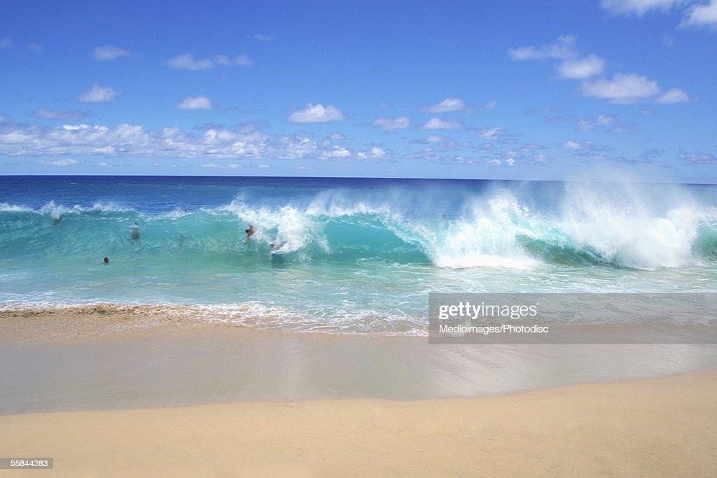 Ocean waves breaking on the beach, Sandy Beach Park, Oahu, Hawaii, USA : Stock Photo