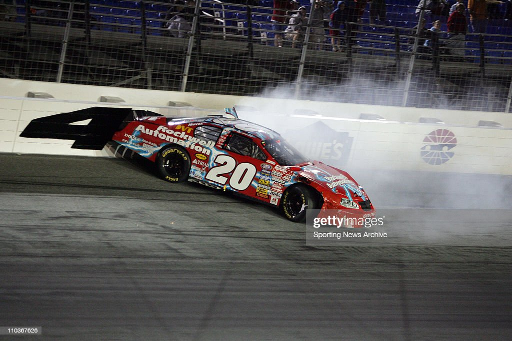 Denny hamlin getty images for Lowe s motor speedway