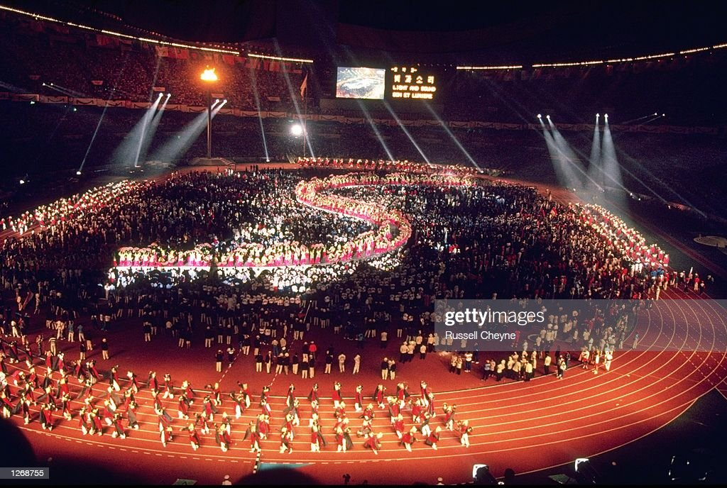 General view of the Closing Ceremony of the 1988 Olympic Games at the Olympic Stadium in Seoul, South Korea. \ Mandatory Credit: Russel Cheyne/Allsport