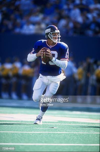 Quarterback Danny Kanell of the New York Giants in action during the game against the Arizona Cardinals at the Giant Stadium in East Rutherford New...