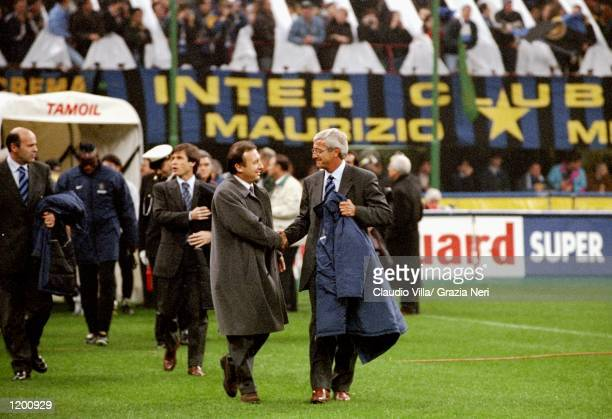 AC Milan coach Alberto Zaccheroni shakes hands with Inter Milan coach Marcelo Lippi during the Serie A match at the San Siro in Milan Italy Mandatory...