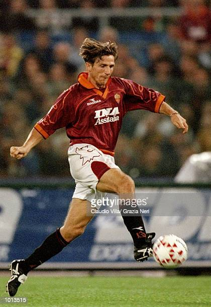 Eusebio Di Francesco of Roma on the ball against Juventus during the Seria A match at the Stadio Olimpico in Rome Italy Juventus won 10 Mandatory...