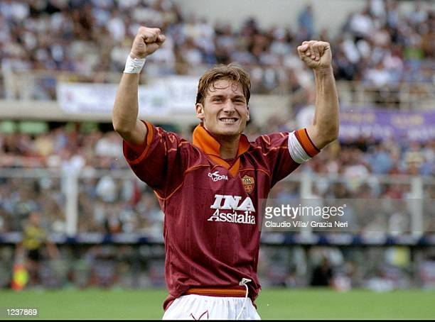 Francesco Totti of Roma celebrates during the Serie A match against Fiorentina at the Artemio Franchi Stadium in Florence Italy Roma won 31 Mandatory...