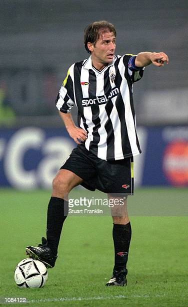 Antonio Conte of Juventus in action during the UEFA Champions League match against Hamburg played at the Stadio Delle Alpi in Turin Italy Hamburg won...