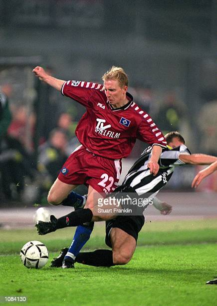 Roy Prager of Hamburg beats Gianluca Pessotto of Juventus during the UEFA Champions League match played at the Stadio Delle Alpi in Turin Italy...