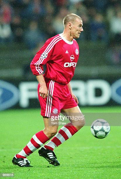 Alexander Zickler of Bayern Munich in action during the UEFA Champions League match between Bayern Munich and Feyenoord played at the Olympic Stadium...