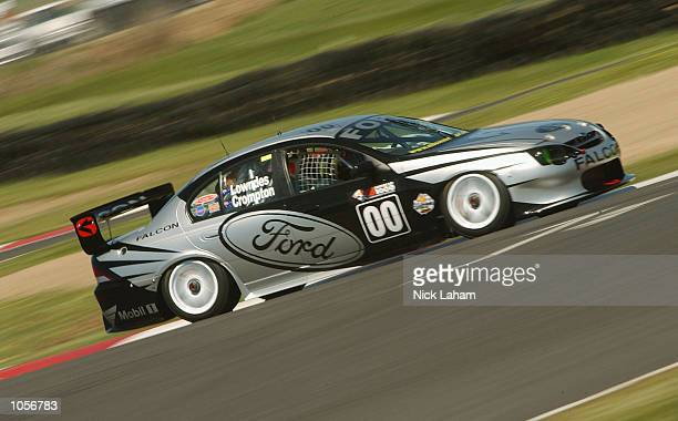 Gibson Motorsport Team#00 Ford car driven by Craig Lowndes in action during the Top 15 shootout in the Bathurst 1000 V8 Supercar race held at Mount...