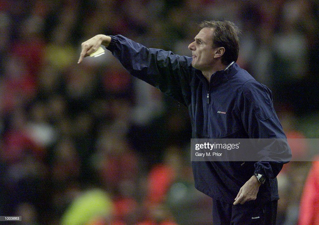 Phil Thompson, caretaker Manager of Liverpool encourages his side during the UEFA Champions League match between Liverpool and Borussia Dortmund at Anfield, Liverpool. DIGITAL IMAGE. Mandatory Credit: Gary M. Prior/ALLSPORT
