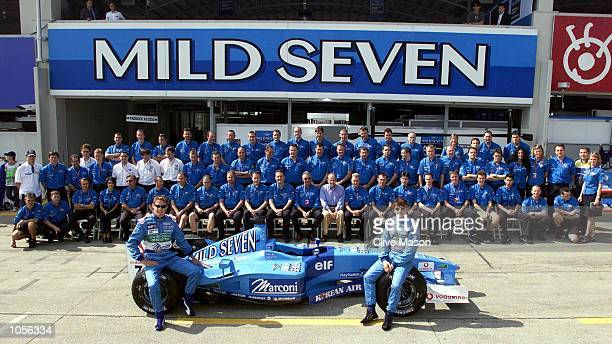 The Benetton team pose for an end of season photograph prior to todays practice session for the Japanese Grand Prix at The Suzuka Circuit Japan...