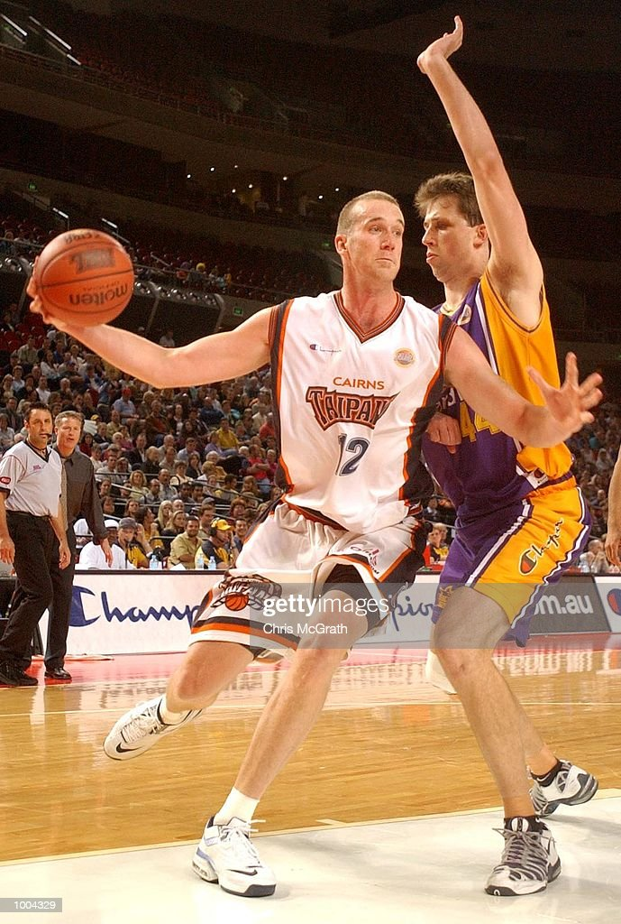 Tony Rampton #12 of the Taipans in action during the NBL match between the Sydney Kings and the Cairns Taipans held at the Sydney Superdome, Sydney, Australia. DIGITAL IMAGE Mandatory Credit: Chris McGrath/ALLSPORT