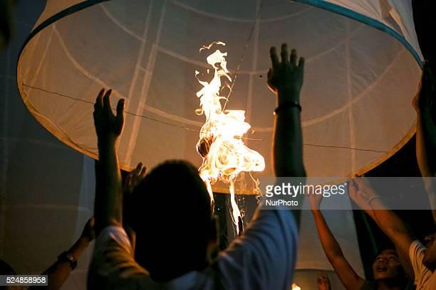 Oct 27 2015 Dhaka Bangladesh Buddhist celebrating Pravarana Punnama The Assayujjiya Punnama or the full moon day of Assayujjiya also known as the...
