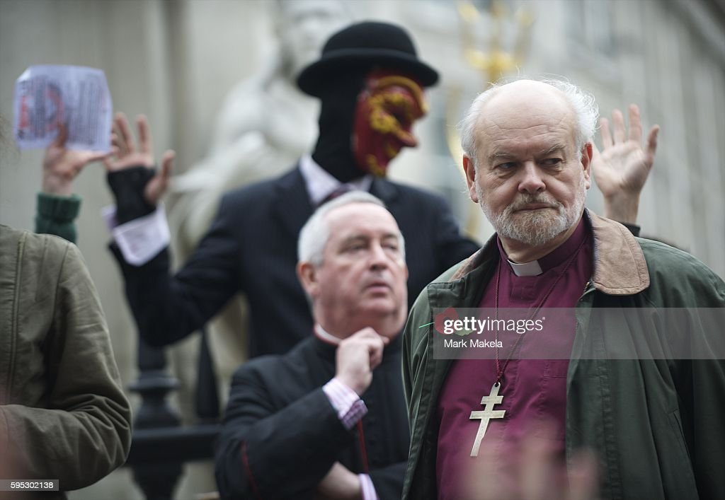 Oct 30 2011 London England UK Bishop of London RICHARD CHARTRES and Dean of St Paul's Cathedral PAUL KNOWLES meet with protestors in their camp...